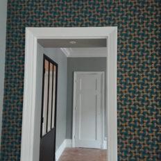 DISS-platrerie-peinture-encadrement-couloir-porte